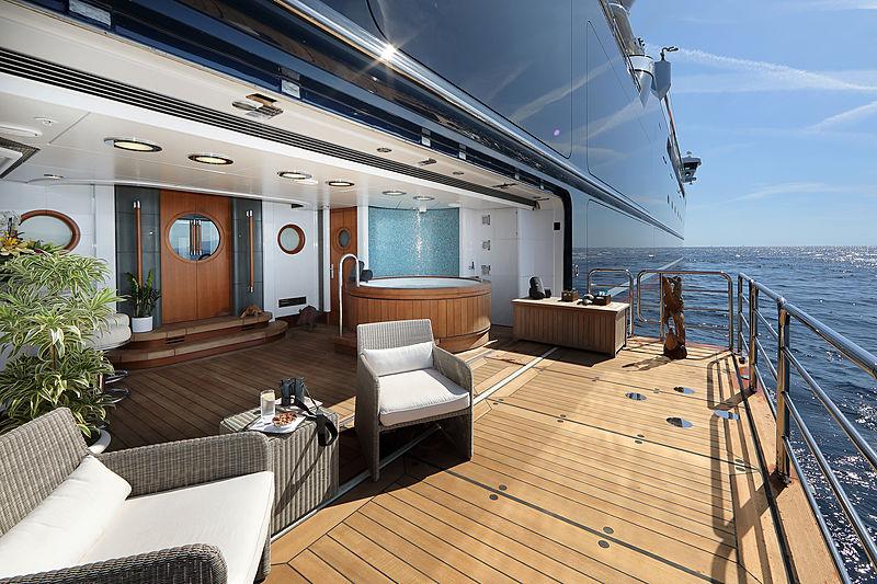 Octopus yacht deck