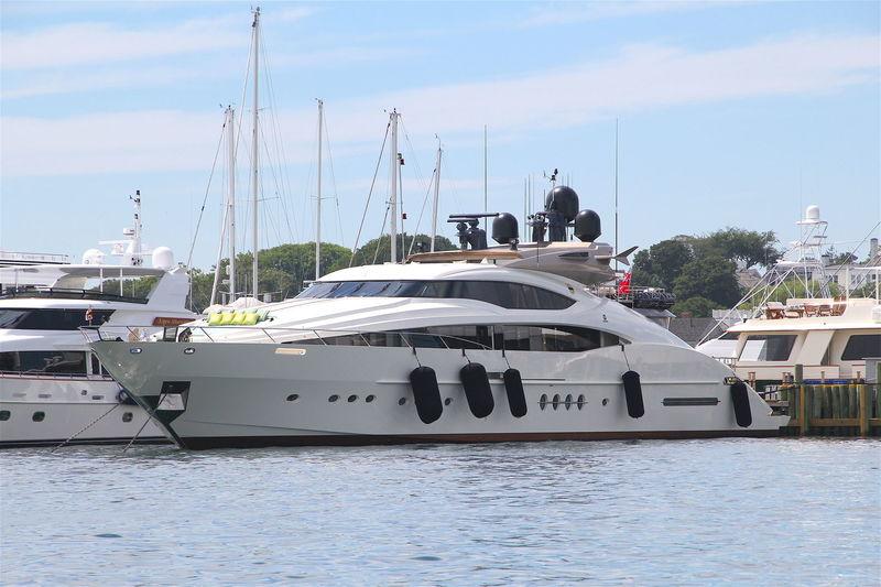 FOUR JACKS yacht Palmer Johnson