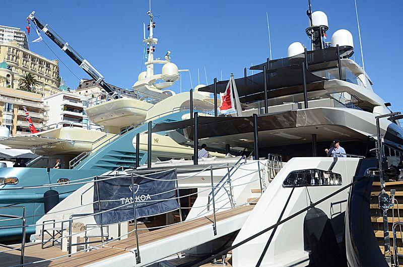 Bintador yacht in Monaco