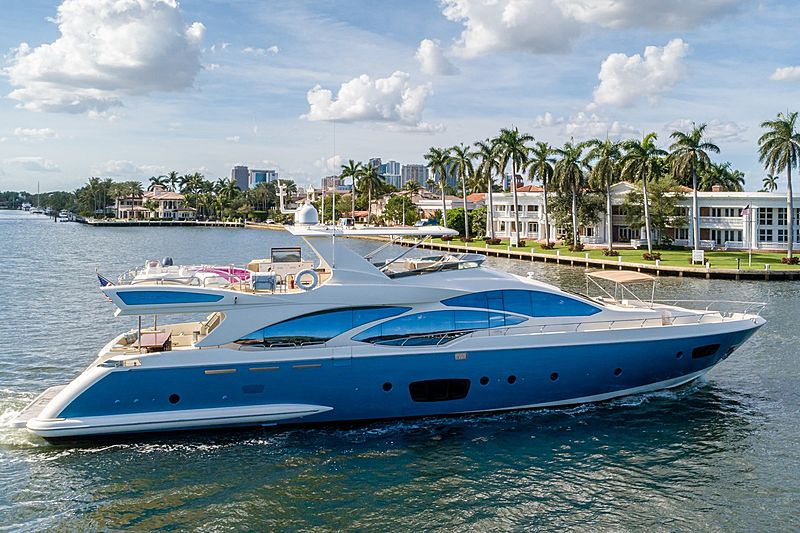 DARLIN' yacht Azimut