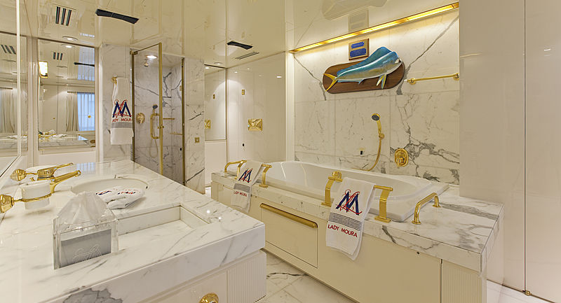 Lady Moura yacht bathroom