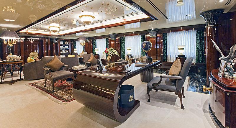 Lady Moura yacht master office