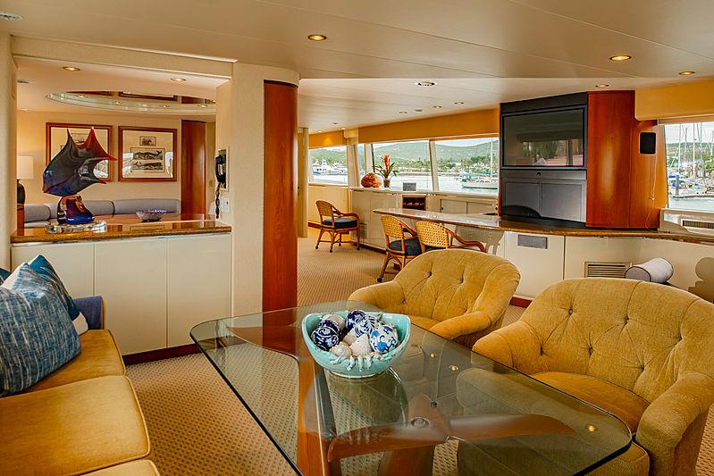 Steadfast yacht saloon