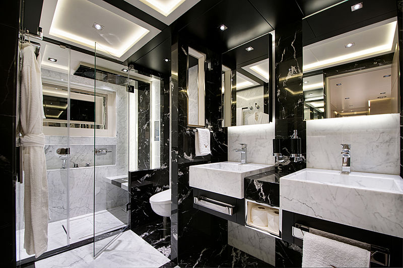 Virtus yacht bathroom