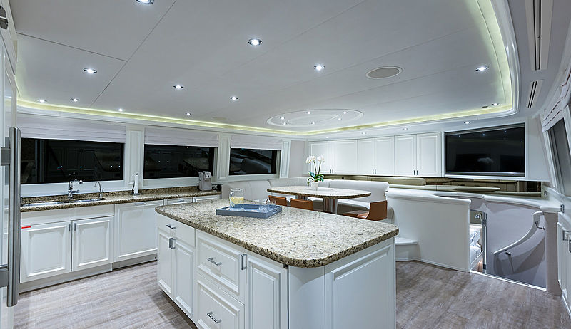 Boxer yacht galley