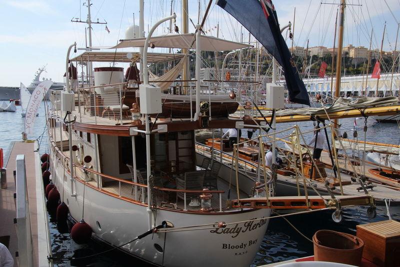 LADY HERTHA  yacht Yarrow & Co