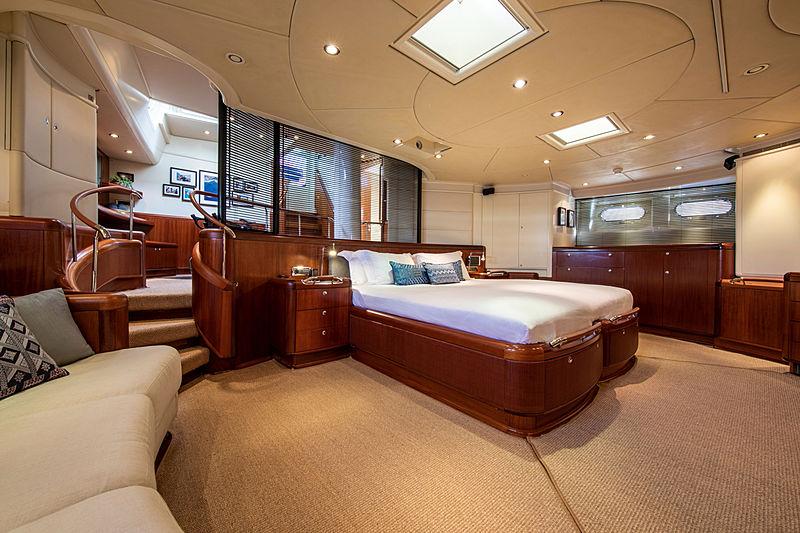 Surama yacht master's cabin