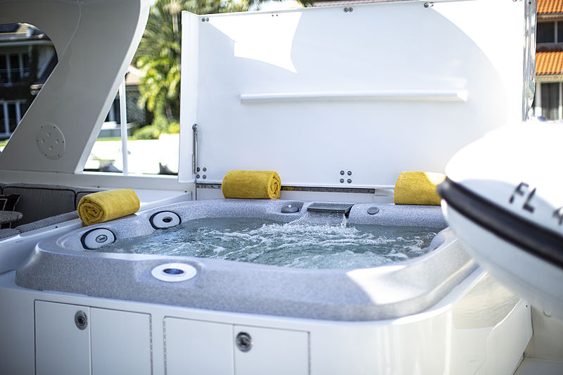 Gail Force Too yacht jacuzzi