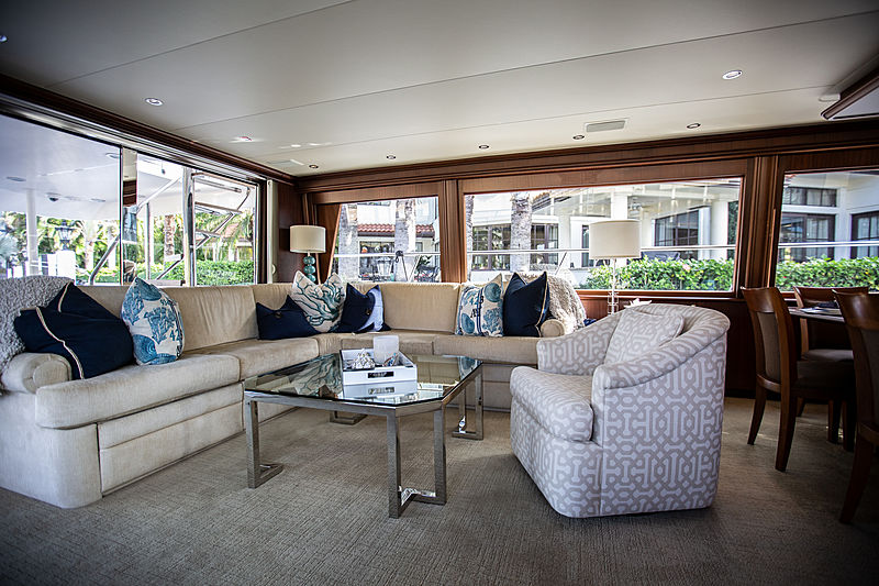 Gail Force Too yacht saloon