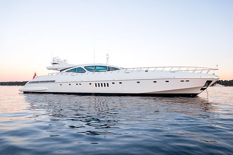 Beachouse yacht anchored
