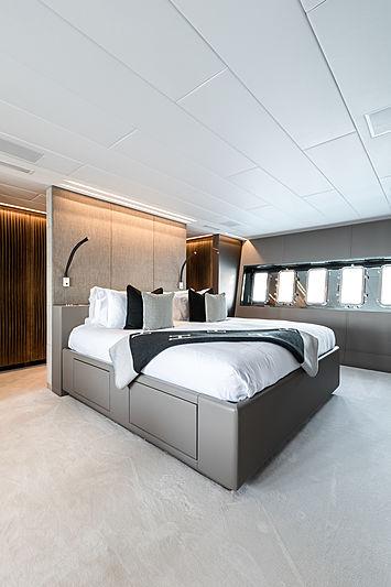Beachouse yacht master's cabin