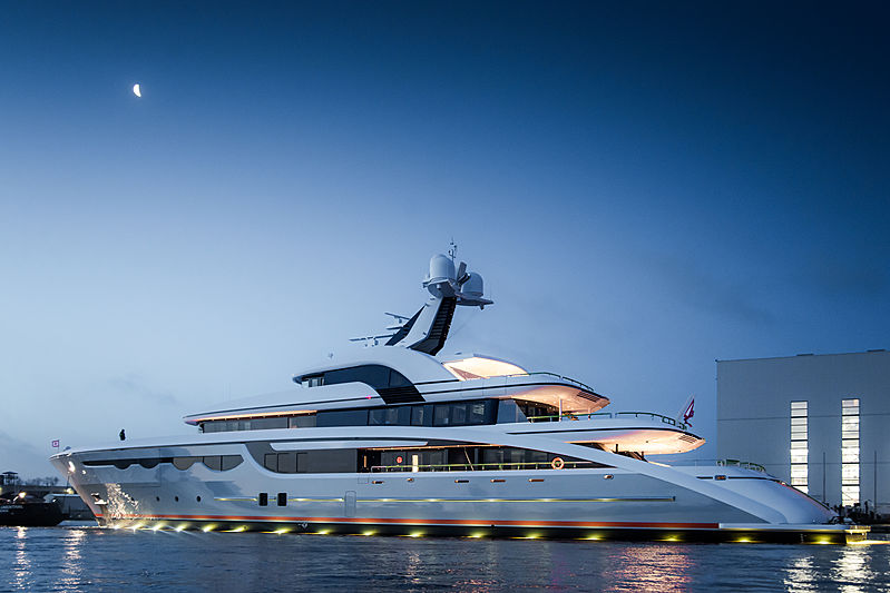 68m Soaring yacht launch