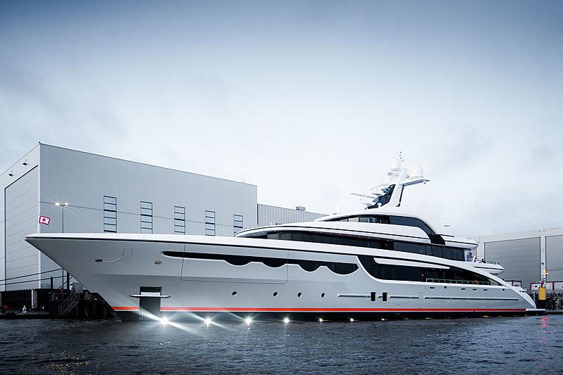 68m Soaring yacht launch