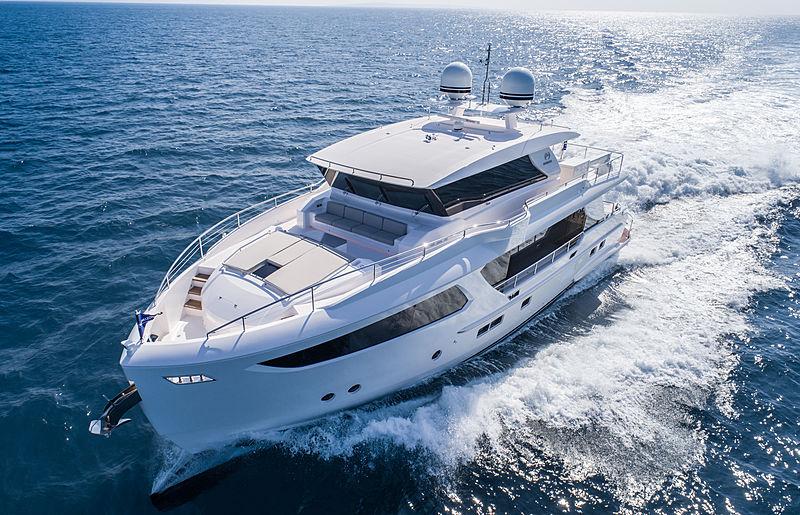 Horizon FD80/04 yacht exterior