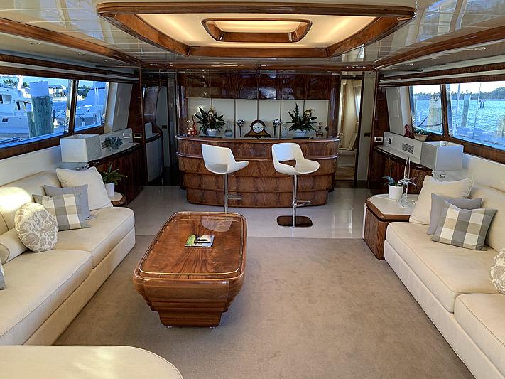 Sashay yacht interior
