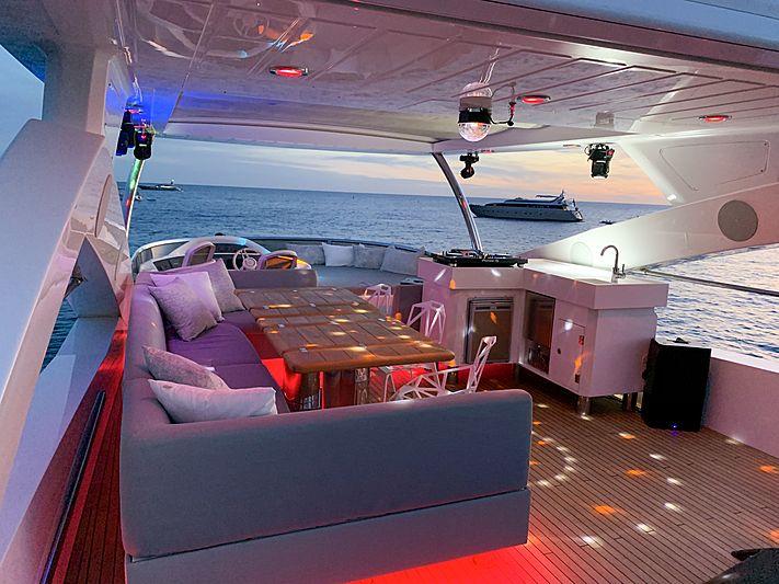 Li-Jor yacht flybridge at night