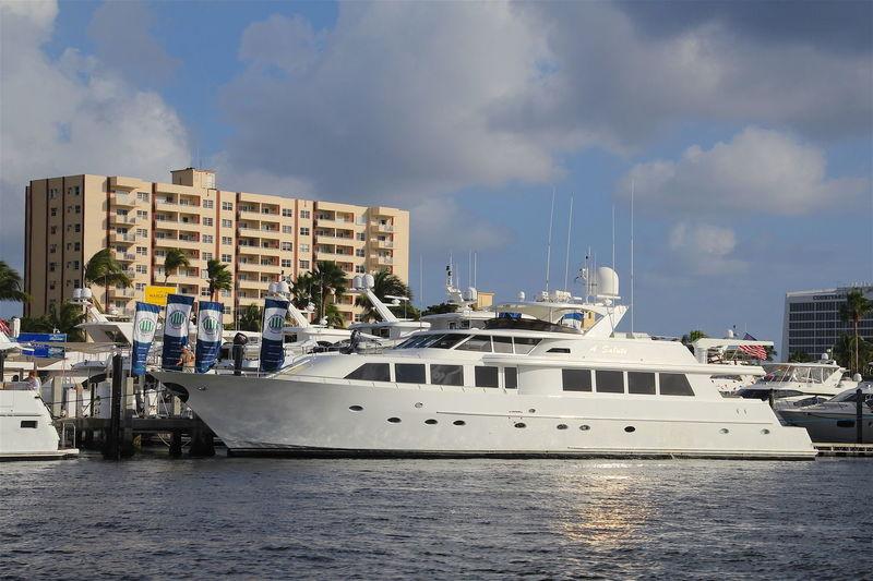 RAPTURE yacht Westship