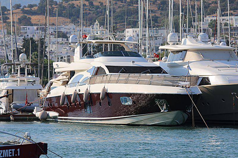 EROSSEA yacht Azimut
