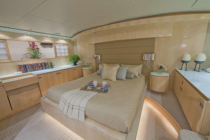 Diamond Girl yacht stateroom