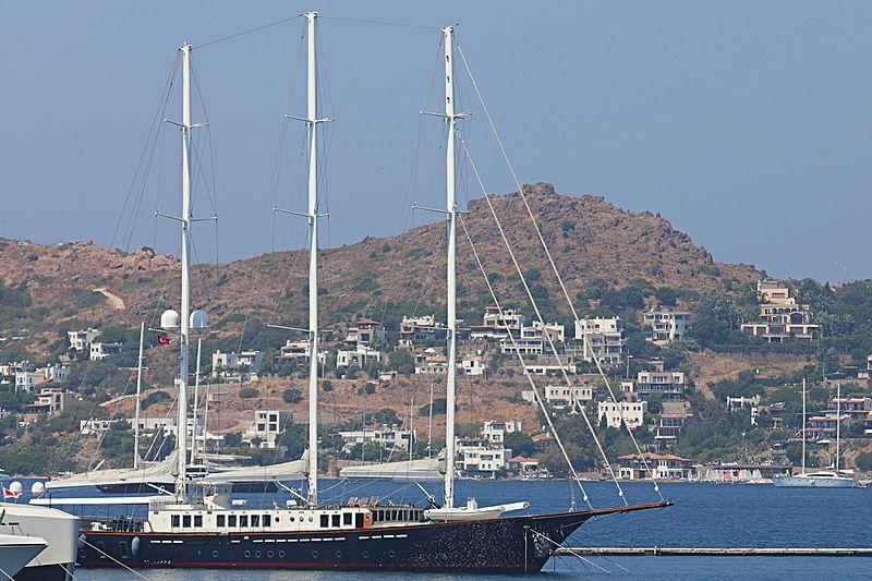 Hazar Yıldızı yacht in Bodrum Marina
