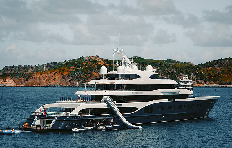 Symphony yacht by Feadship in St Barths