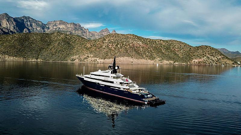 Seven Seas yacht in Baja California Sur