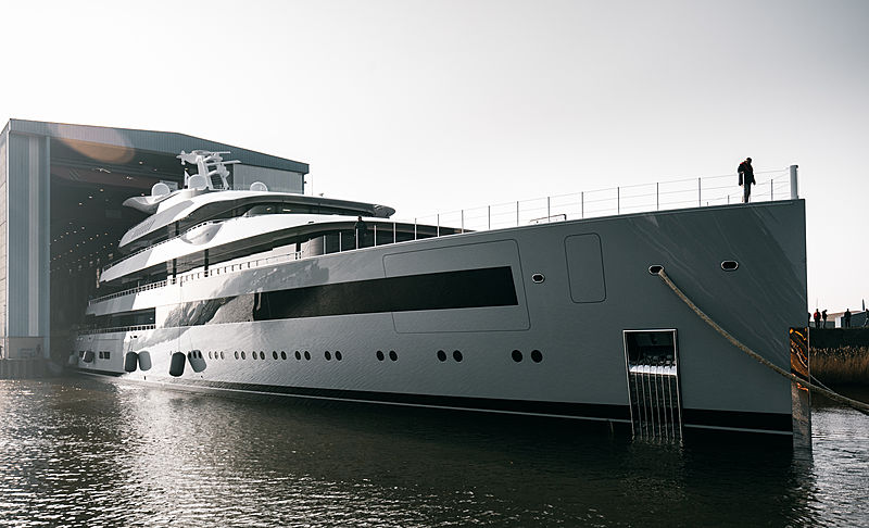 Feadship yacht Moonrise launch in Makkum