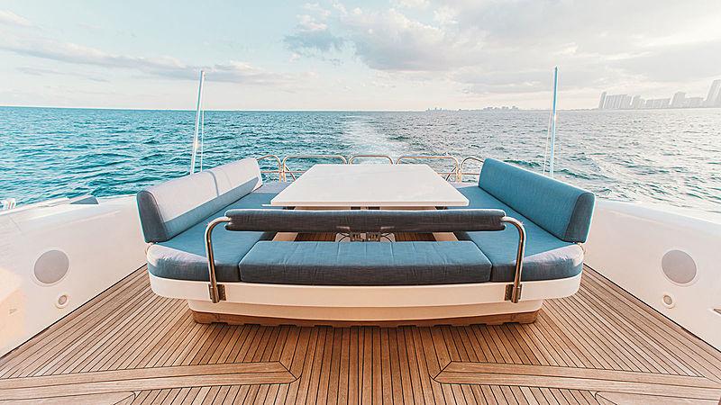 Dash yacht aft deck