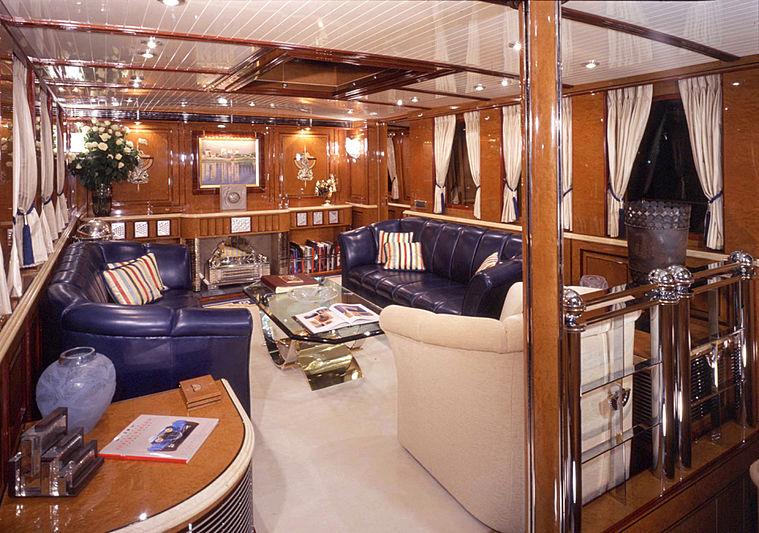 Atlantide yacht saloon