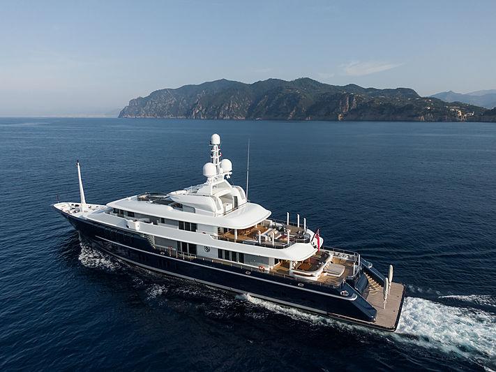 Triple Seven yacht cruising