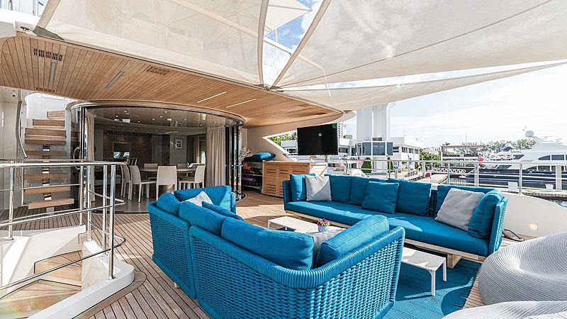 Arkadia yacht aft deck