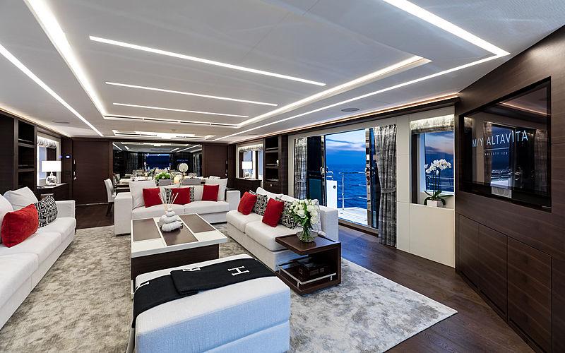 Altavita yacht saloon