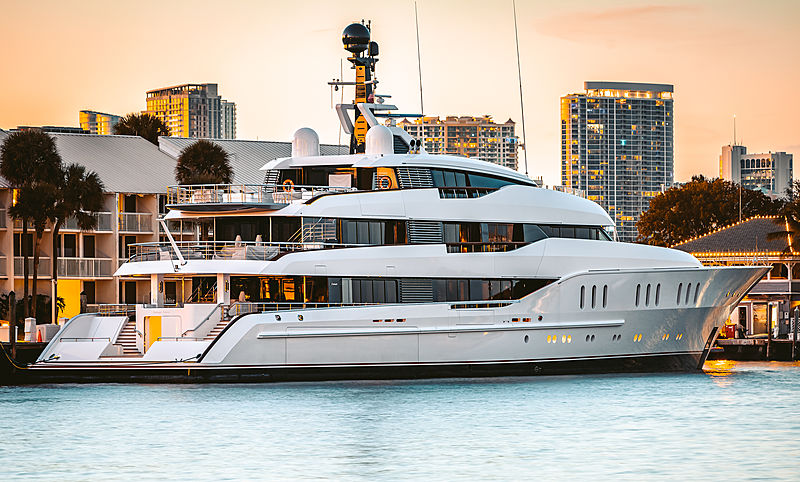 Hampshire yacht by Feadship in Fort Lauderdale