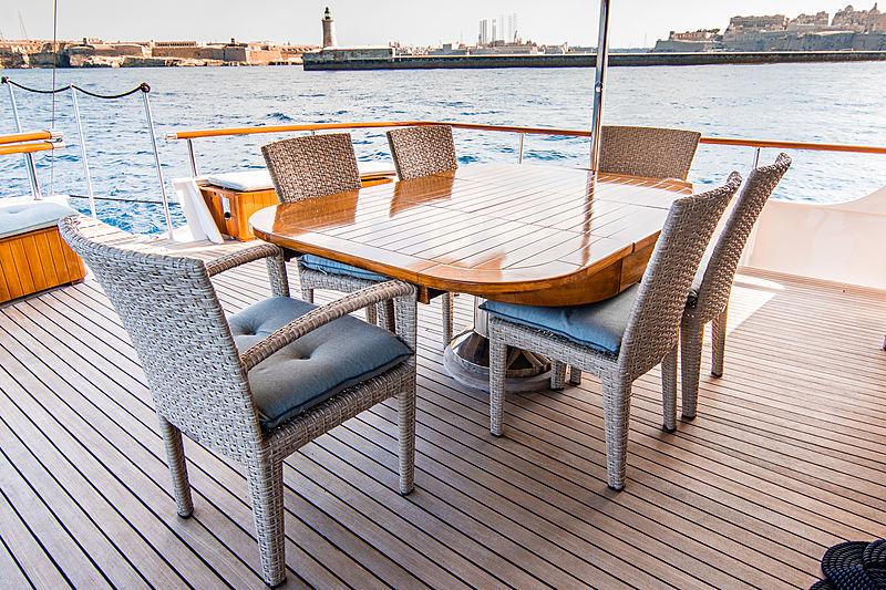 A & A yacht aft deck