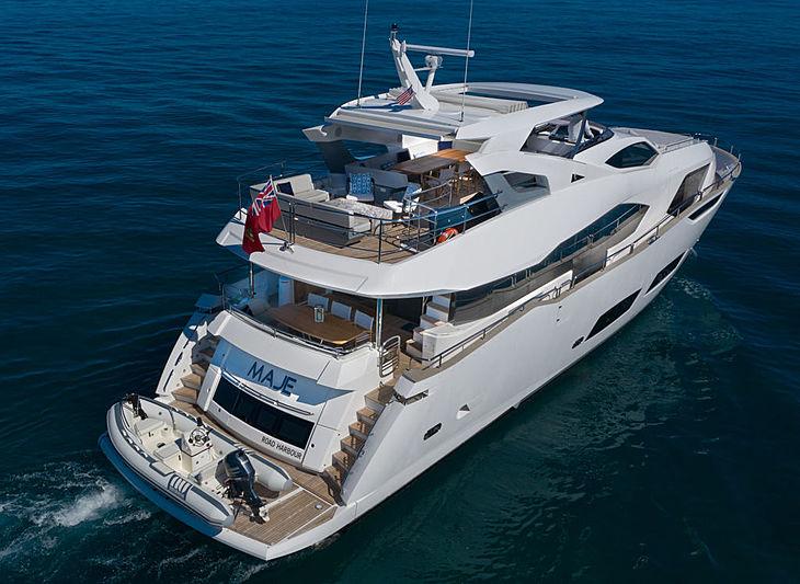 Maje yacht exterior