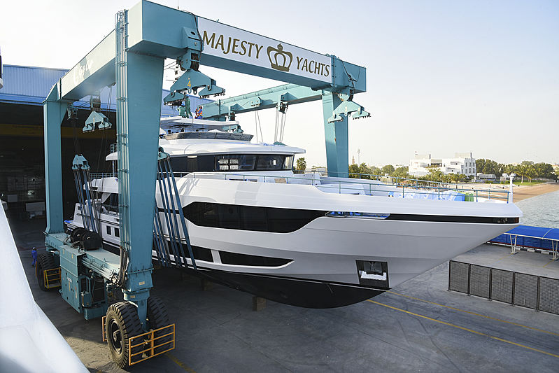 Majesty 120/01 yacht launch