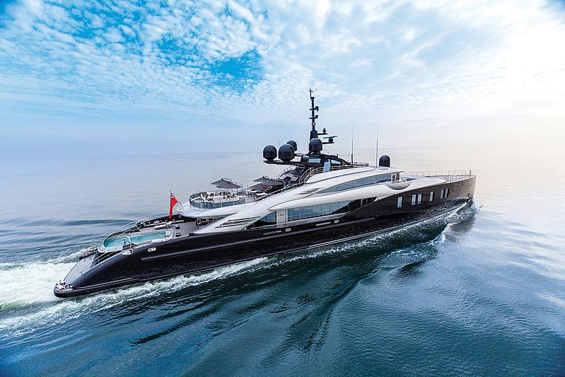 Okto yacht cruising