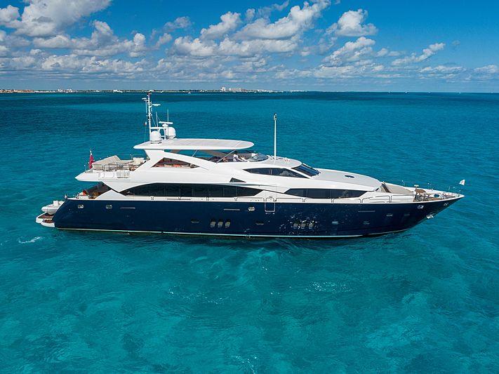 PICCOLO yacht Sunseeker