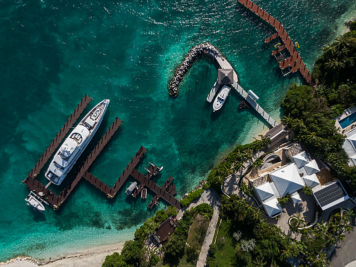 Home yacht by Heesen in Paradise Island, Bahamas