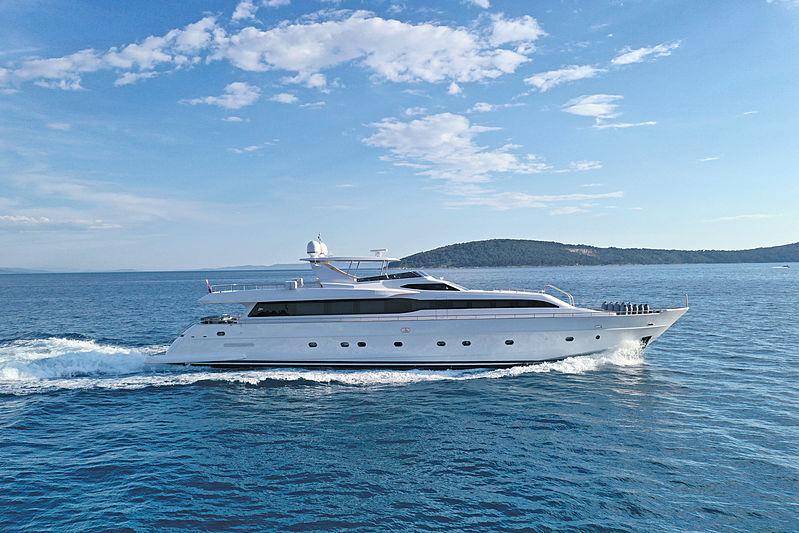 Princess Lona yacht cruising