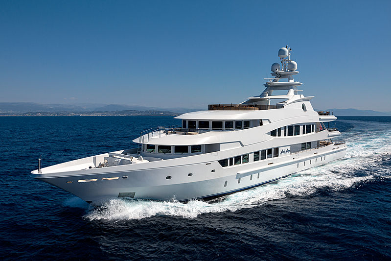 Lucky Lady yacht cruising