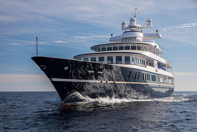 Leander G yacht cruising