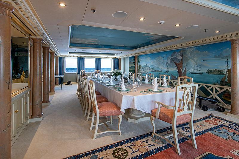 Leander G yacht interior