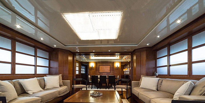 Zoo yacht interior