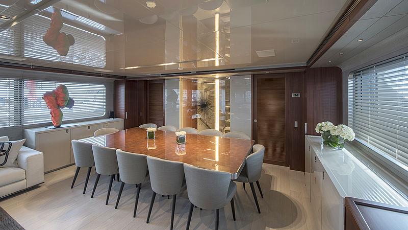 X yacht dining table