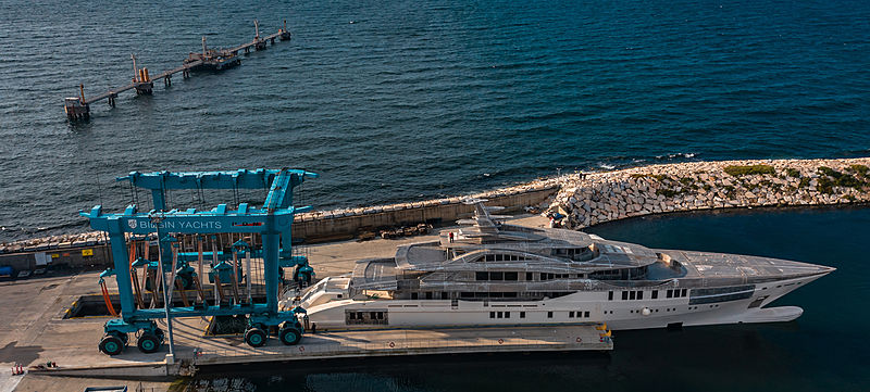 Bilgin 263 yacht hull NB78 arriving at West Istanbul Marina for outfitting