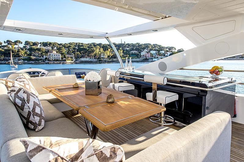 Alfie Buoy yacht sundeck