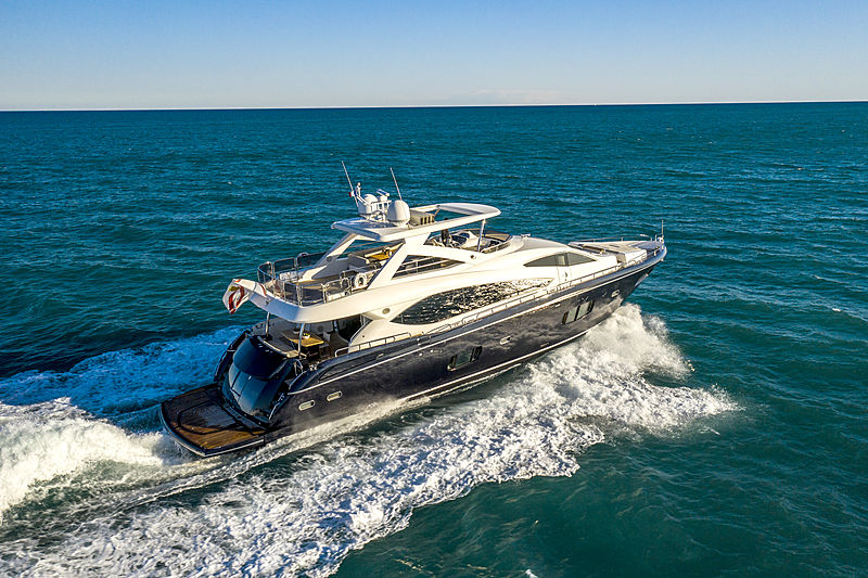 Alfie Buoy yacht cruising