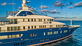 Bella Vita yacht exterior