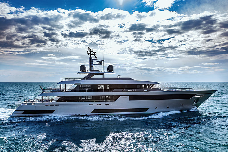 Riva 50m yacht Race exterior